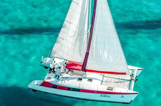 4 - HiRes - Aventuras 2000 X 1333 - Isla Mujeres Catamaran Tour - Cancun Sailing