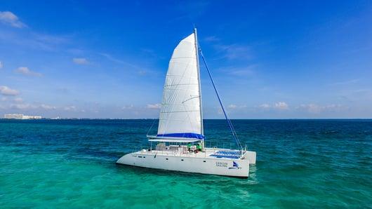 HiRes - Maines - Isla Mujeres Catamaran Tour - Cancun Sailing - 5