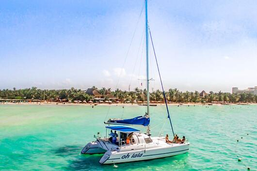 3 - HiRes - Oh La La - Private tour to Isla Mujeres in catamaran - Cancun Sailing