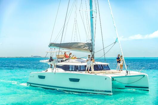 7 - HiRes - Private Isla Mujeres tour in catamaran - Victoria - Cancun Sailing